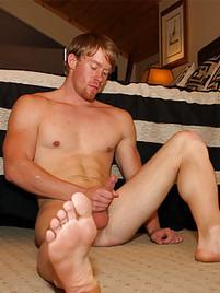 footfetish gay gloryholes